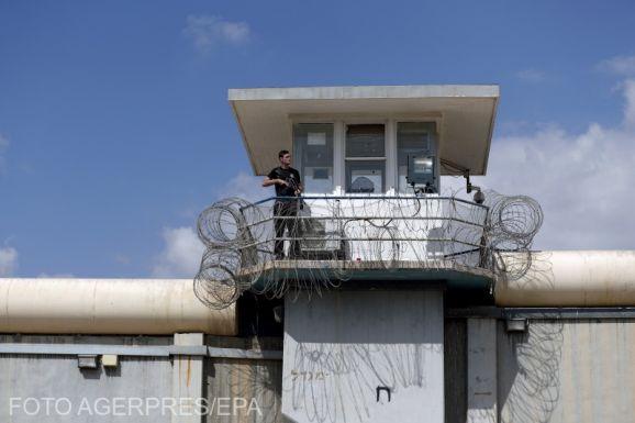 """Izraelben fellázadtak a palesztin """"biztonsági"""" foglyok áthelyezésük és a szigorítások miatt"""