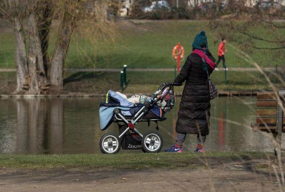 Az anyja mellől próbáltak meg elrabolni egy gyereket Marosvásárhelyen
