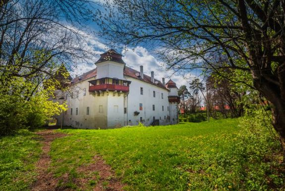 Bizonytalanságban kell tervezniük az erdélyi kastélytulajdonosoknak
