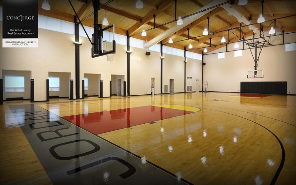 Senkinek sem kell michael jordan h za for Indoor basketball court construction