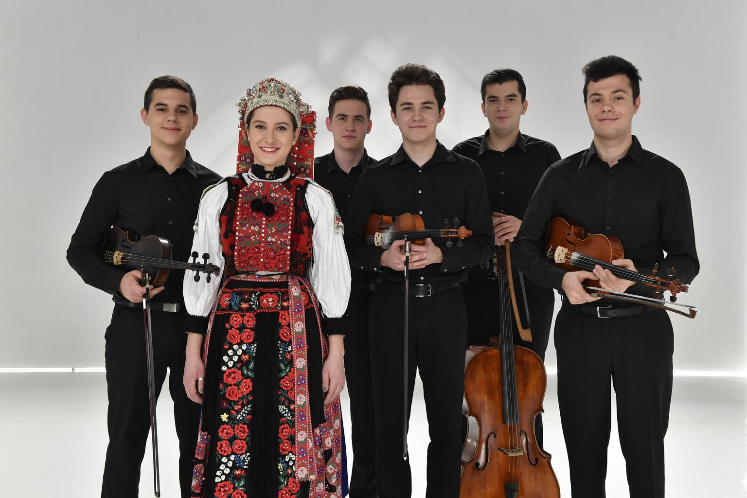 Fotók forrása: mediaklikk.hu | Ördöngös zenekar