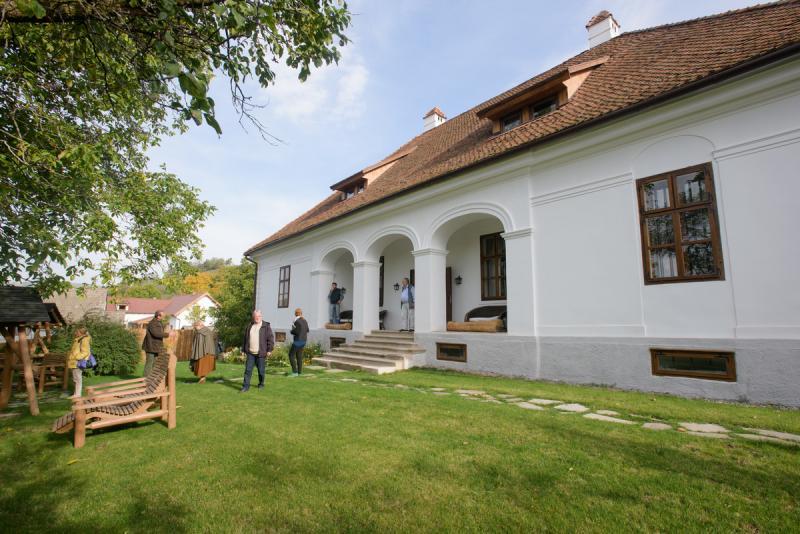 A felújított kúria