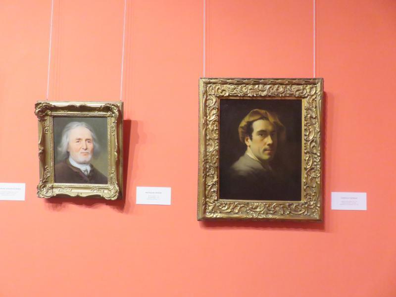 Balról Balthasar Denner Idős férfi képmása című festménye (1729), jobbról Christian Seybold Fiatalkori önarckép (1720 körül)