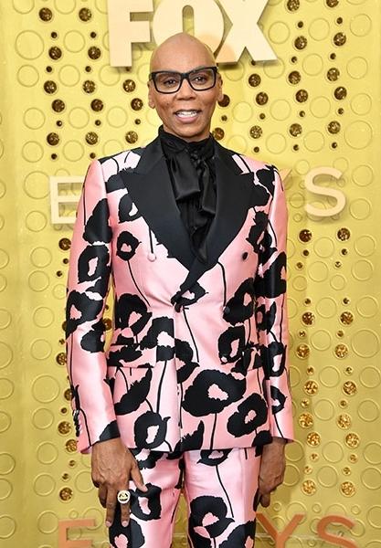 RuPaul Charles feltűnő öltönyben jelent meg a 71. Emmy-gálán.