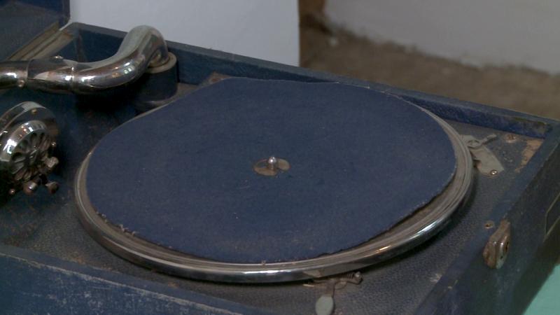 Gramofon a Fráter Lóránd emlékszobában