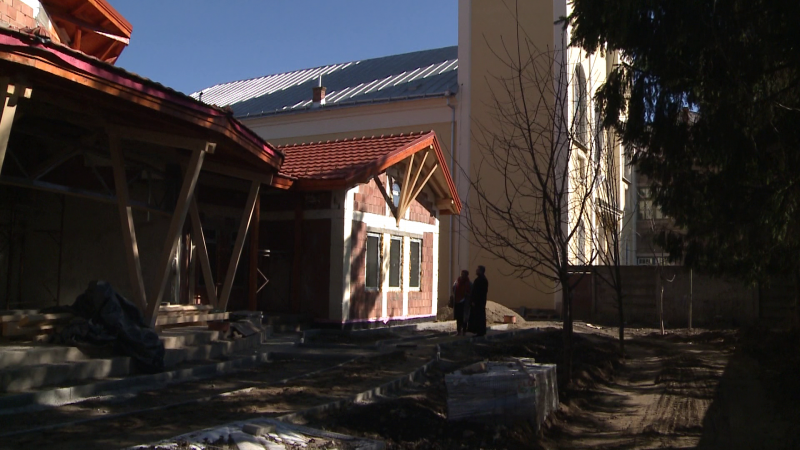 A ferences templom és kolostor szomszédságában épülő bölcsőde